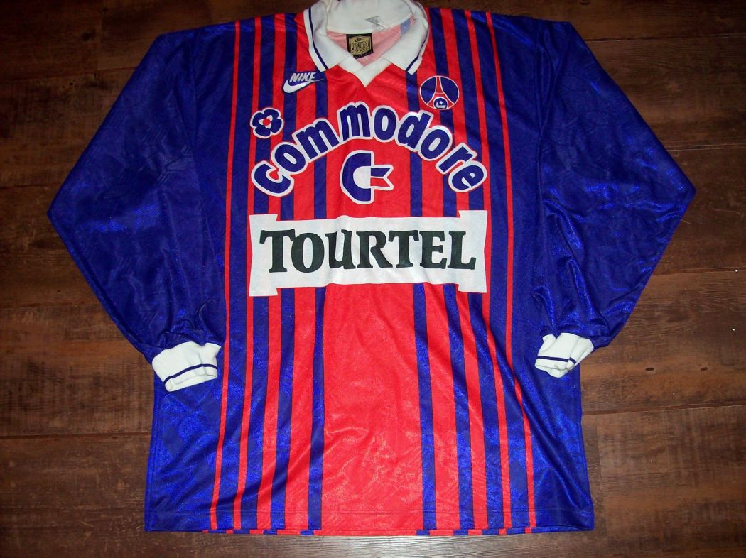 Global Classic Football Shirts | Retro Old Vintage Soccer Jerseys PSG 1993